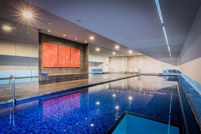 "<a href=""http://sydney.frasershospitality.com/en/facilities/key-features-services.html"" target=""_blank""><strong>Frasers Suites Pool, Sydney</strong></a> <br><br> This indoor, heated pool has glass panels at the bottom, so swimmers can see the Regent Place Shopping Precinct underneath."