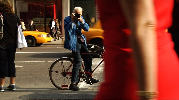 <strong>Bill Cunningham New York (2010)</strong> <BR><BR> <strong>What kind?</strong> Biography, fashion <BR><BR> <strong>What's it about?</strong> A profile of the iconic, late New York photographer Bill Cunningham.