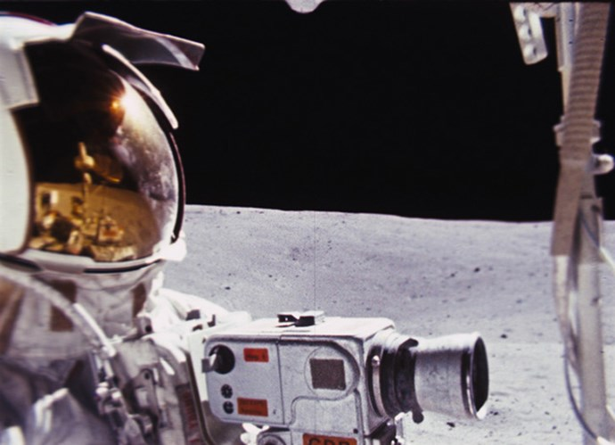 <strong>In the Shadow of the Moon (2007)</strong> <BR><BR> <strong>What kind?</strong> History <BR><BR> <strong>What's it about?</strong> The crew members of NASA's Apollo mission tell the story in their own words.