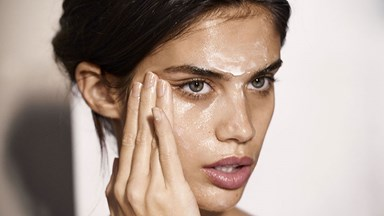 How To Apply Each Of Your Skincare Products For The Best Results