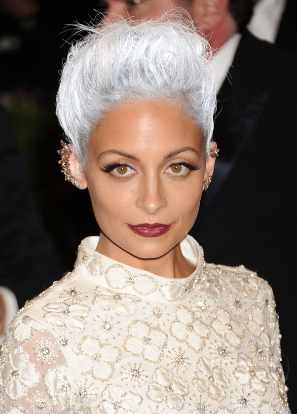 <strong>2013</strong> <br><br> And Nicole Richie hit the red carpet with a shock of white-gray hair that rivalled Karl Lagerfeld's.