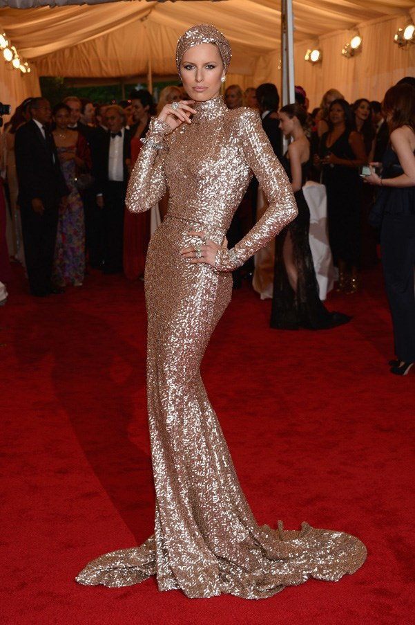 <strong>2012</strong> <br><br> When Karolina Kurkova channelled 1940's old Hollywood glamour in a gold sequined gown and turban.