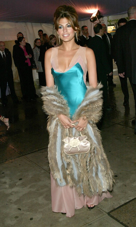 <strong>2004</strong> <br><br> When Eva Mendez epitomised early 2000s fashion.