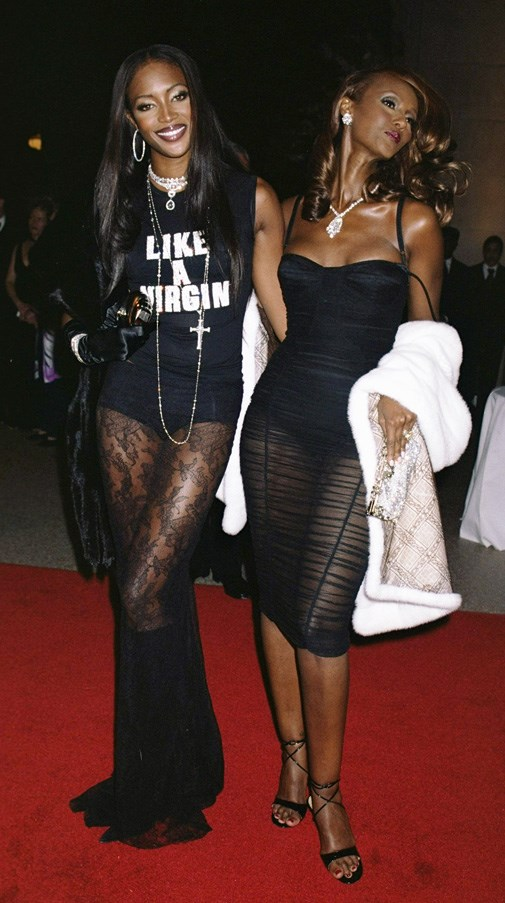 <strong>2000</strong> <br><br> When Naomi Campbell and Iman gave us a double dose of super-chic.