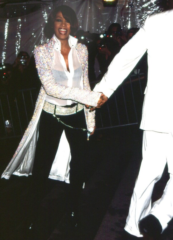 <strong>1999</strong> <br><br> When Whitney Houston showed up in all her glamour and glory.