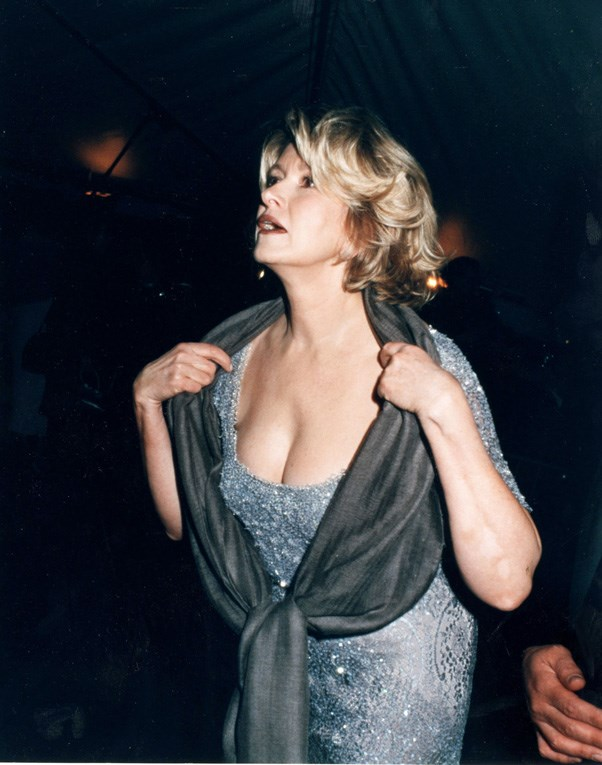 <strong>1998</strong> <br><br> When Martha Stewart had a rare bombshell moment.