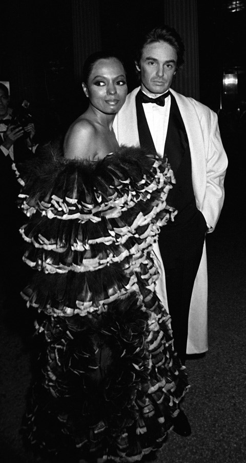<strong>1981</strong> <br><br> When Diana Ross wore ALL the ruffles.