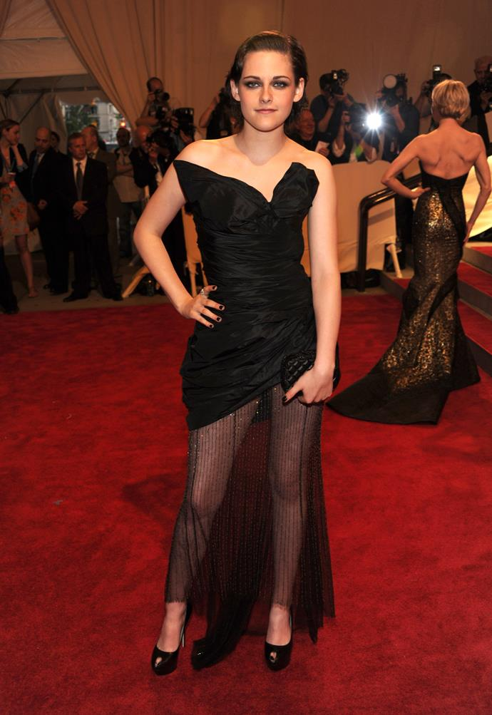 <p><strong>KRISTEN STEWART</strong> <p> in Chanel, 2010