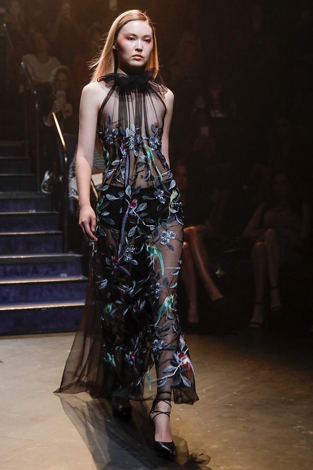 A model walks the runway at the Carla Zampatti show.