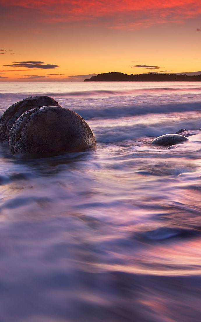 <p><strong>Koekohe Beach, New Zealand</strong> <p>According to Maori legend, the marble-like Moeraki Boulders on Koekohe Beach are the remains of the ancient Araiteuru canoe that crashed into the Otago coast.
