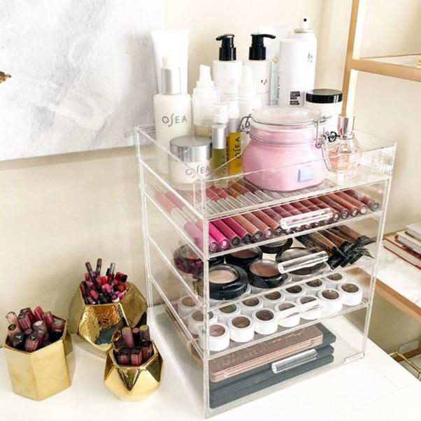 <strong>Acrylic Makeup Storage</strong> <br><br> People on Pinterest are obsessed with storing their makeup in acrylic containers so they don't have to go digging through a drawer for their favourite lipstick ever again.
