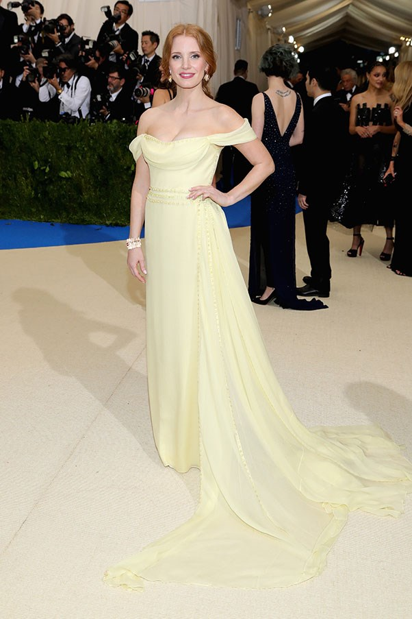 """<strong>Jessica Chastain in Prada</strong><br><br> """"Pretty but meh."""" - Jessica Matthews, deputy chief subeditor"""