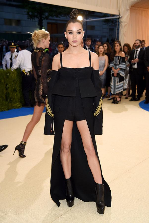 "<strong>Hailee Steinfeld in Vera Wang</strong><br><br> ""I'm not a fan of the mullet train."" - Caroline Tran, junior fashion editor<br><br> ""Hailee looks great in the Vera Wang outfit- tough, youthful and beautiful."" - Stephanie Huxley, deputy art director"