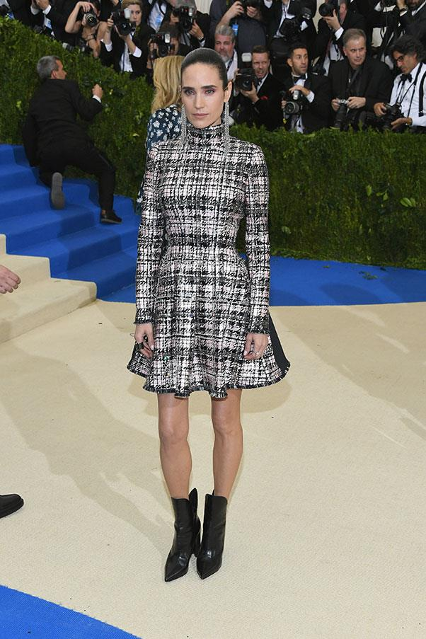 "<strong>Jennifer Connelly in Louis Vuitton</strong><br><br> ""Always looks so great – I'm very jealous of her earrings."" - Caroline Tran, junior fashion editor"