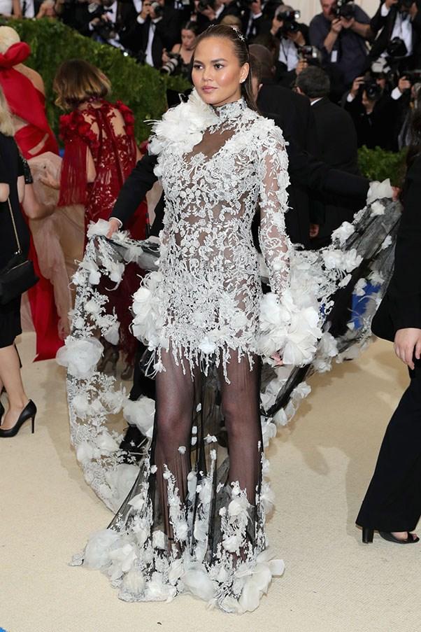 "<strong>Chrissy Teigen in Marchesa</strong><br><br> ""Ice princess gone wrong."" - Caroline Tran, junior fashion editor"