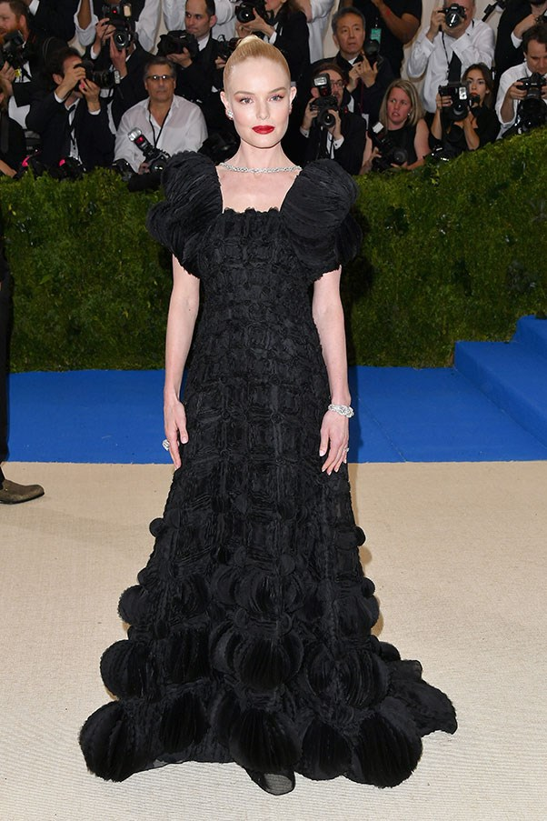 """<strong>Kate Bosworth in Tory Burch</strong><br><br> """"So rarely does Kate put a foot wrong, I'm going to give her the benefit of the doubt and assume she tripped and fell into this frumpy fail."""" - Anna Lavdaras, beauty writer"""
