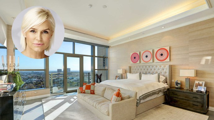 Apparently blood is still thicker than real estate in the Hadid family, because matriarch Yolanda just sold her Los Angeles penthouse in a bid to be nearer to her daughters, Gigi and Bella.<br><br> The amazing abode, situated at the Carlyle Residences, has been entirely re-modelled by Yolanda, and features a private elevator entrance, a chef's kitchen and amazing views over Los Angeles.<br><br> Click through to see the impeccable apartment for yourself.
