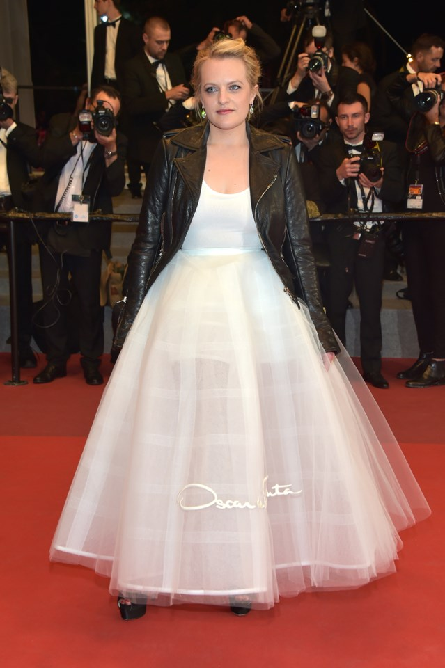 Elizabeth Moss in Oscar de la Renta