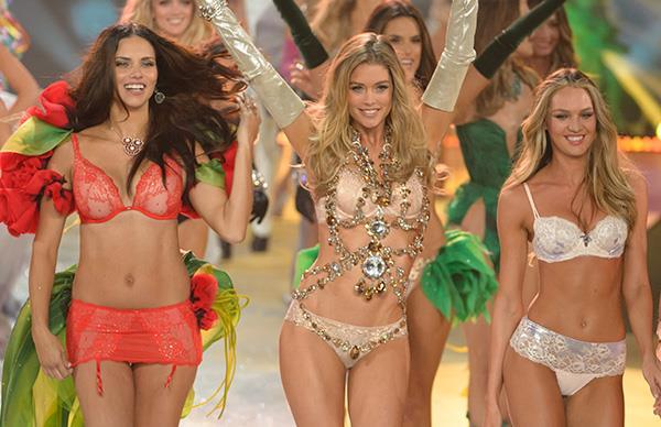 What Victoria Secret model was in Wonder Woman?