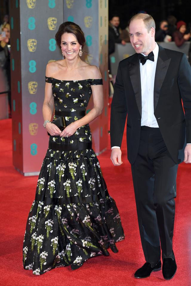 Kate looked every inch the movie star at the 2016 BAFTAs, where she wore these incredible earrings.