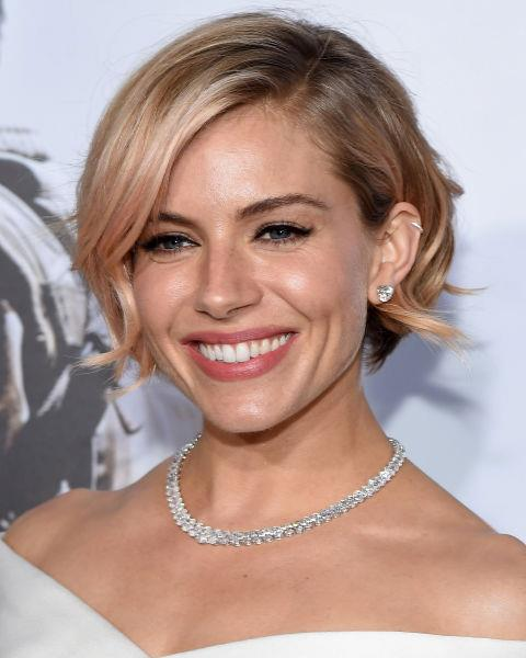 Sienna Miller with a rose-coloured bob.