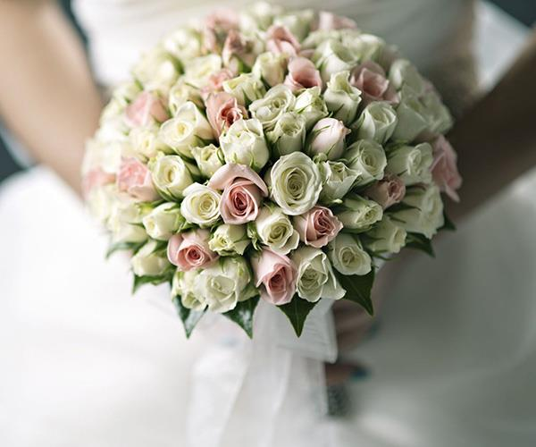 flowers moldovan wedding