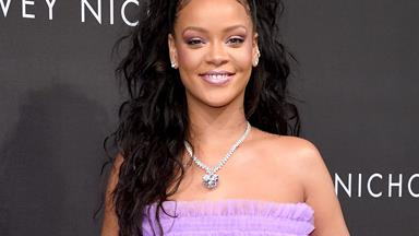Twitter Just Found Out That Fenty Is Rihanna's Last Name And People Are Shocked