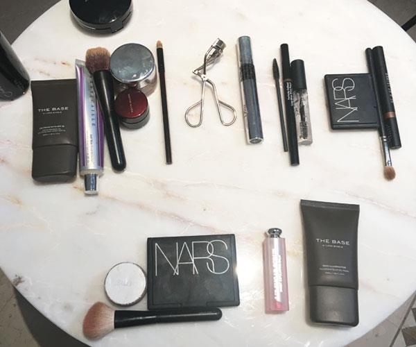 Lara Worthington's go-to beauty products.