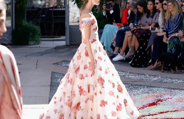 56 Princess-Worthy Moments You're Guaranteed To Swoon Over From Fashion Month