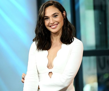 Gal Gadot Mocked Gigi Hadid And Kendall Jenner On 'Saturday Night Live'