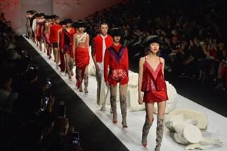 Teenager Died Shanghai Fashion Week