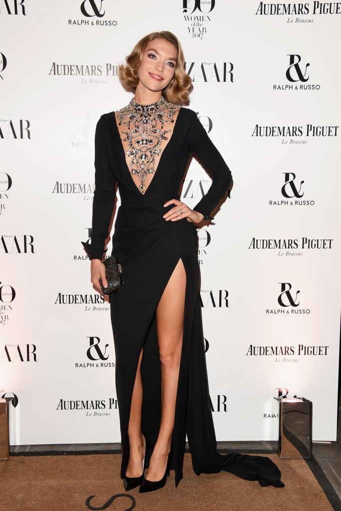Model Arizona Muse arrives at the Harper's Bazaar Woman Of The Year Awards.