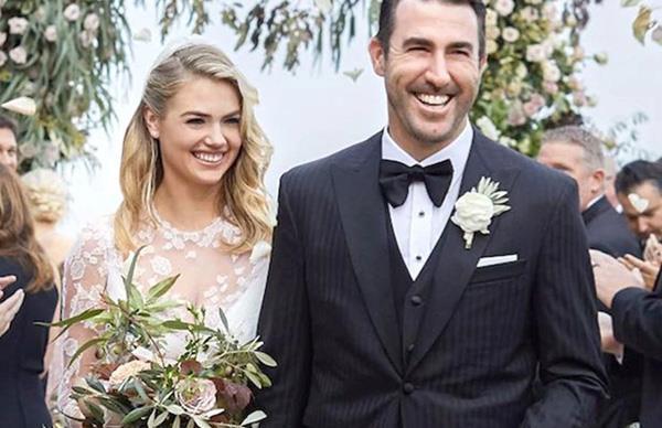 Kate Upton Wedding Dress Valentino