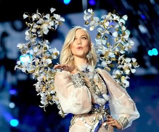 karlie kloss victorias secret fashion show 2017
