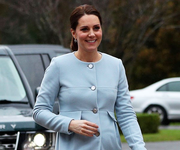 kate middleton recycle outfits