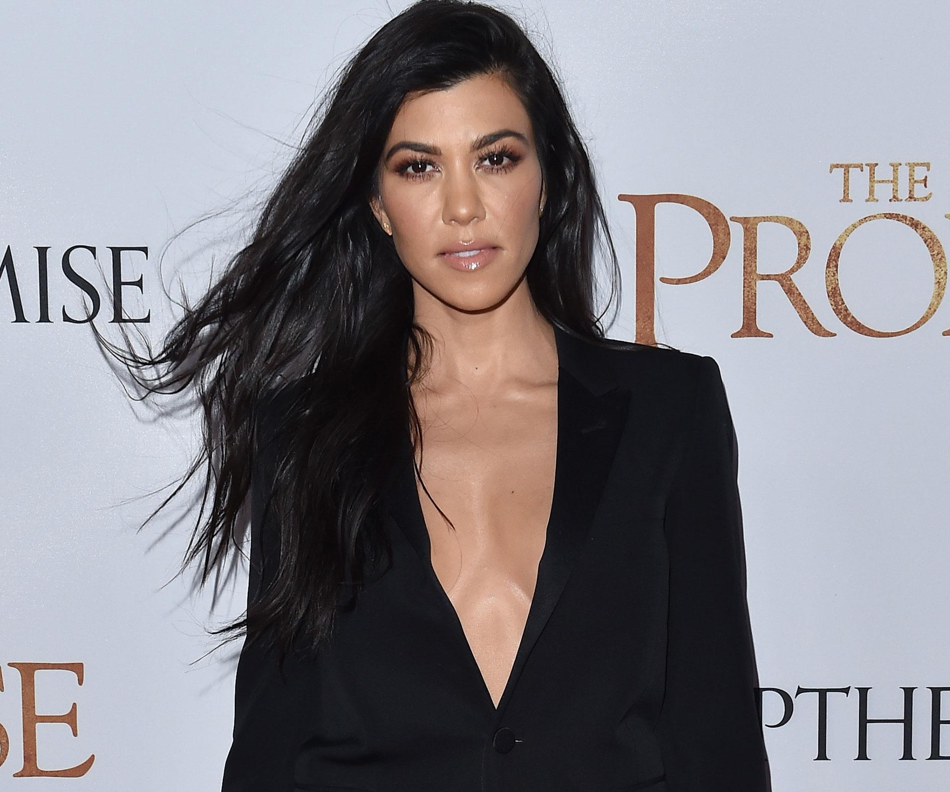 Khloe Kardashian experiences pregnancy complications on new KUWTK episode