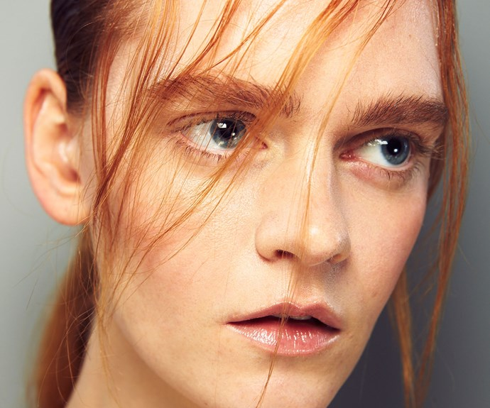 glossy, dewy makeup
