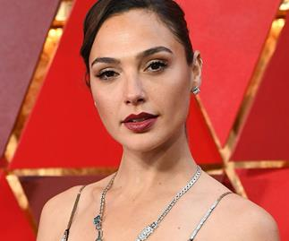 This Is The Exact Shade Of Red Lipstick That Gal Gadot Wore To The Oscars