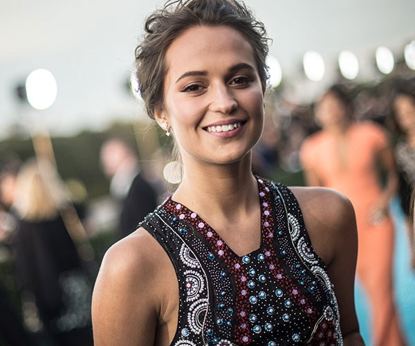How Alicia Vikander Got Those Ridiculous 'Tomb Raider' Abs