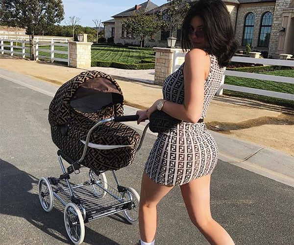 Kardashians Making Motherhood Look Unrealistic