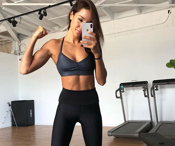 Kayla Itsines Announces Engagement To Tobi Peace Showing-Off Her Enormous Diamond