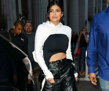 Kendall And Kylie Jenner Have A Stylish Sister Moment In New York