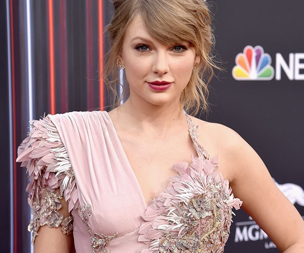 Billboard Awards 2018 Red Carpet