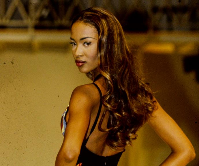 In Honour Of Naomi Campbell: The Supermodel's Best '90s Runway Moments