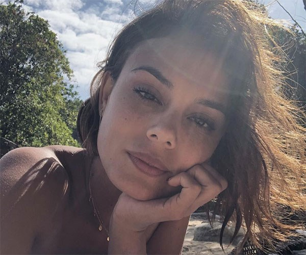 Nathalie Kelley Day On A Plate