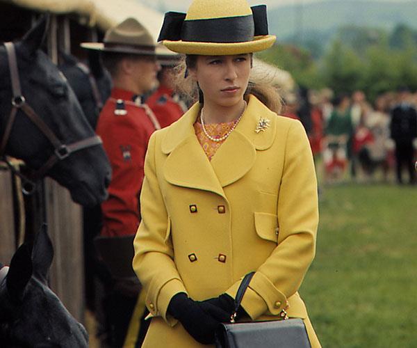 Princess Anne Erin Doherty Cast Season 3 The Crown