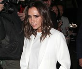 Victoria Beckham Singing The Spice Girls At Fashion Week Is Every Bit As Glorious As You'd Expect