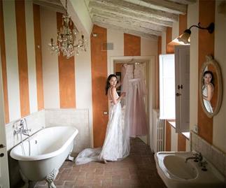 BAZAAR Bride: Ksenia and Samuel's Intimate Italian Adventure