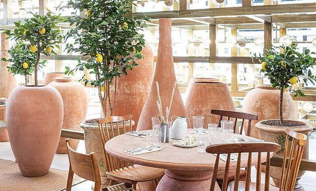 The 5 Most Incredible Luxury Fashion Cafes To Visit In Your Lifetime