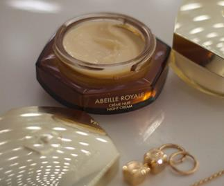 Nourishing Night Creams Designed For Dehydrated Skin